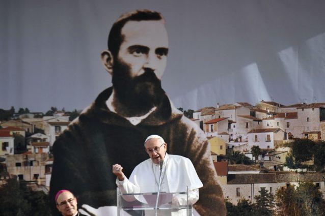 La visita di Papa Francesco nei luoghi di Padre Pio, il santo di Pietrelcina e San Giovanni Rotondo