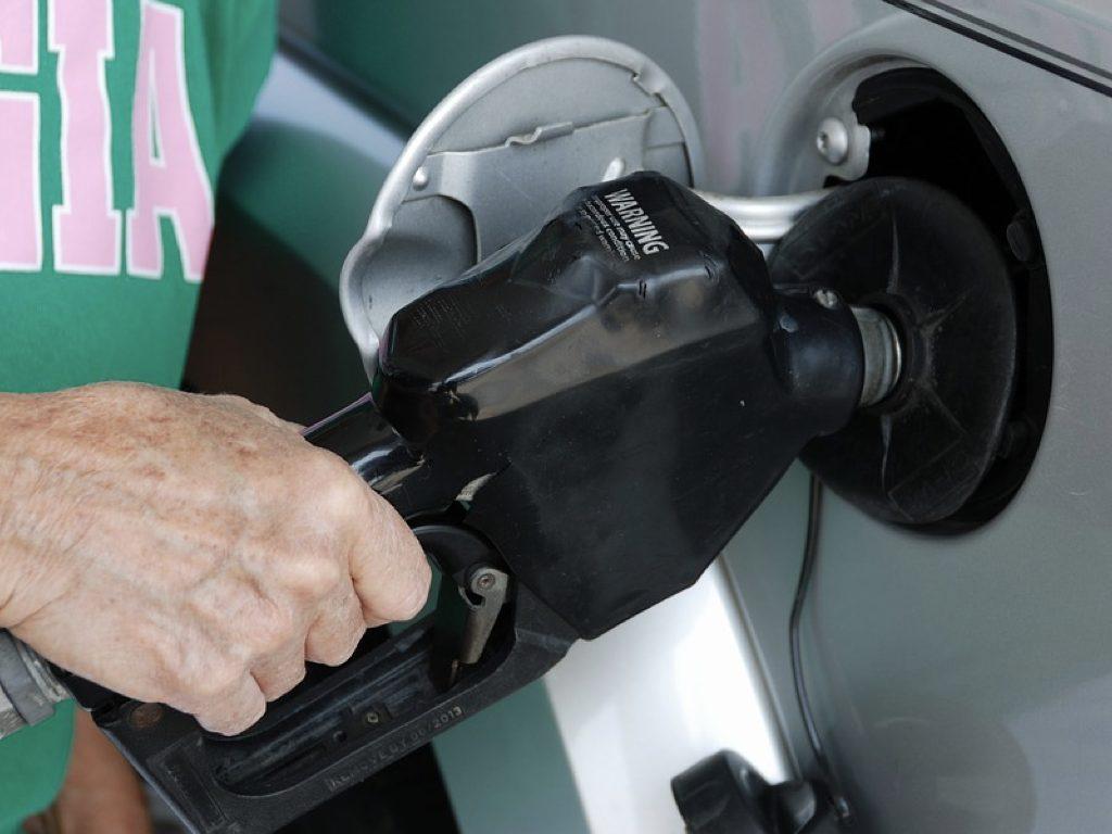 """Caserta, benzina col trucco, così si guastavano le auto: chiuso una """"pompa bianca"""" - Napoli Fanpage.it"""