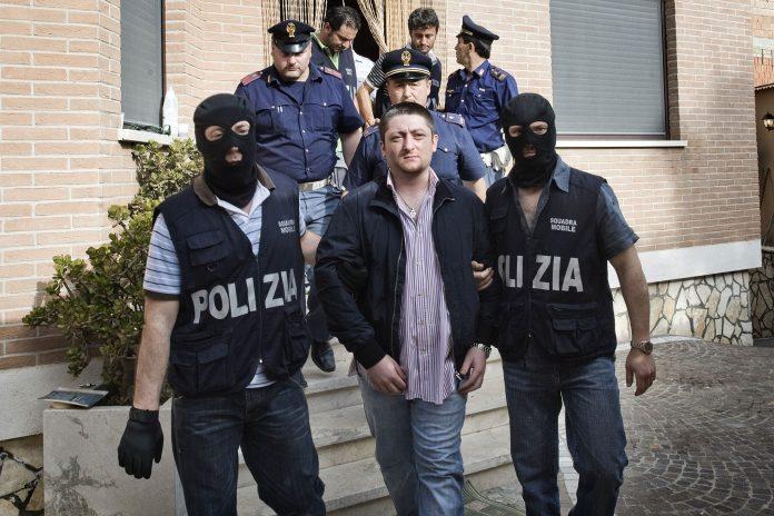 L'arresto di Nicola Schiavone
