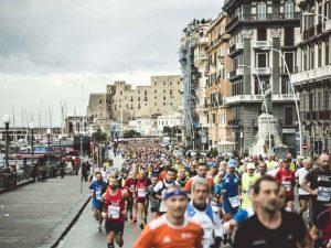 Coronavirus Napoli, maratona blindata: esclusi due runner, a