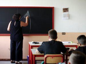 Allarme Coronavirus, a Salerno preside scolastico annulla gi