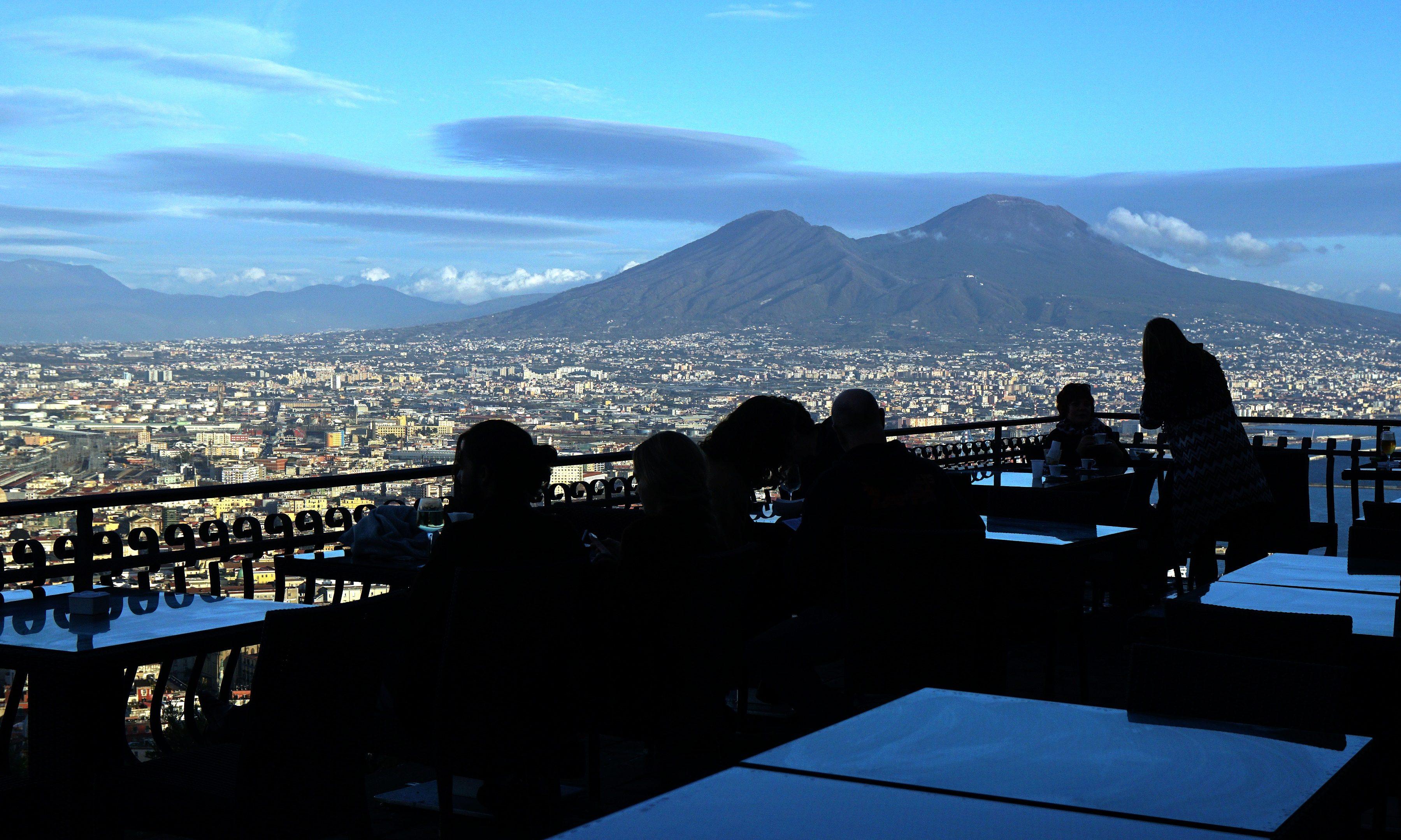 B B E Boom A Napoli Ma Il Comune Incassa Poco Solo 2 Milioni Dalla Tourist Tax
