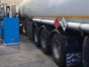 Caserta |  benzina di contrabbando |  sequestrato camion con 26mila litri di gasolio