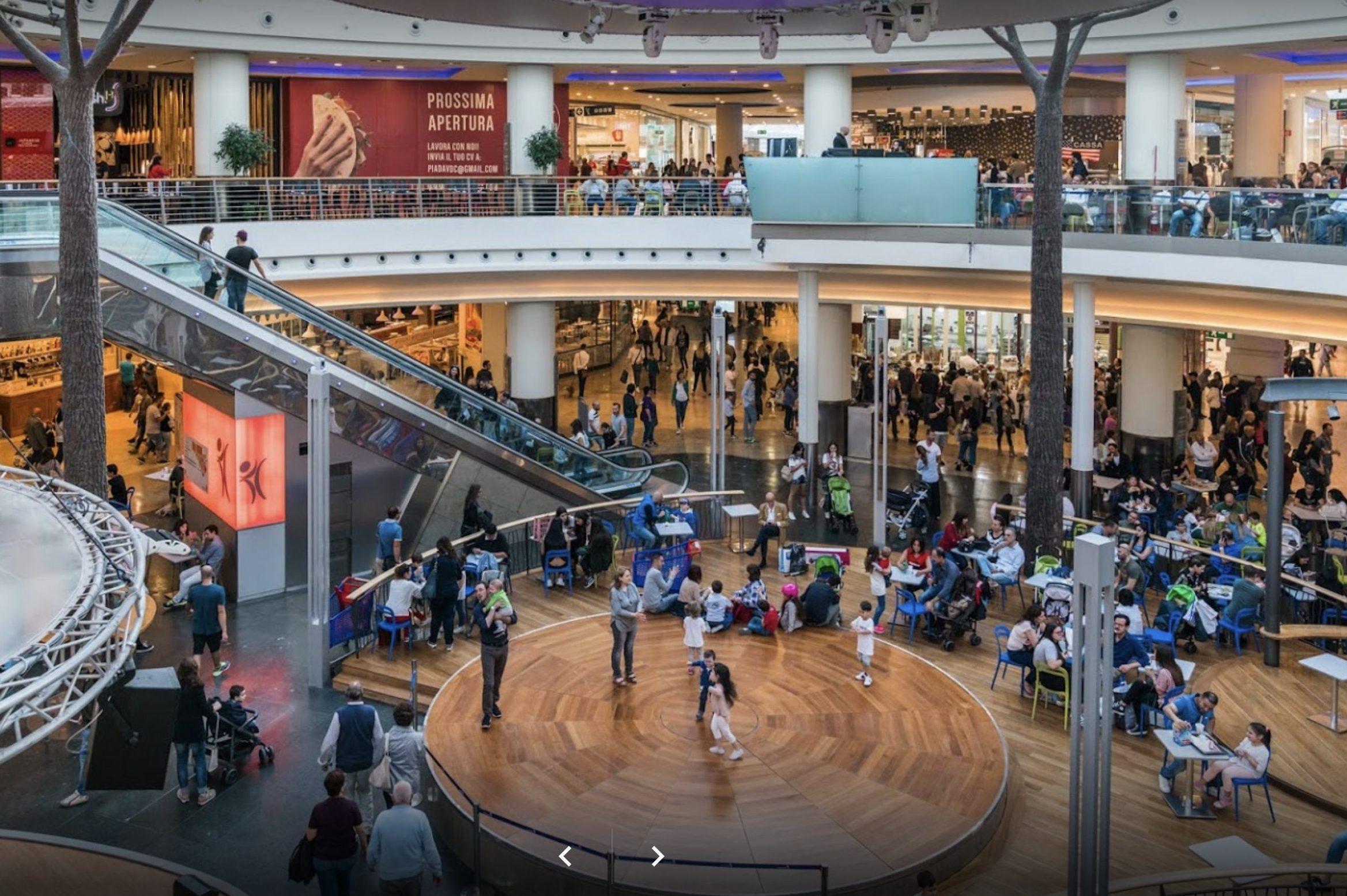 Marcianise ruba due navigatori gps nel centro commerciale for Centro commerciale campania negozi arredamento
