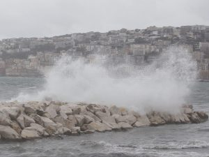 A Napoli annullato l'incontro sui cambiamenti climatici. Mot