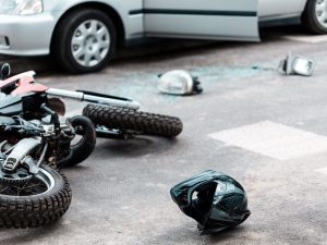 Incidente a Poggiomarino, scooter contro auto: morto un uomo