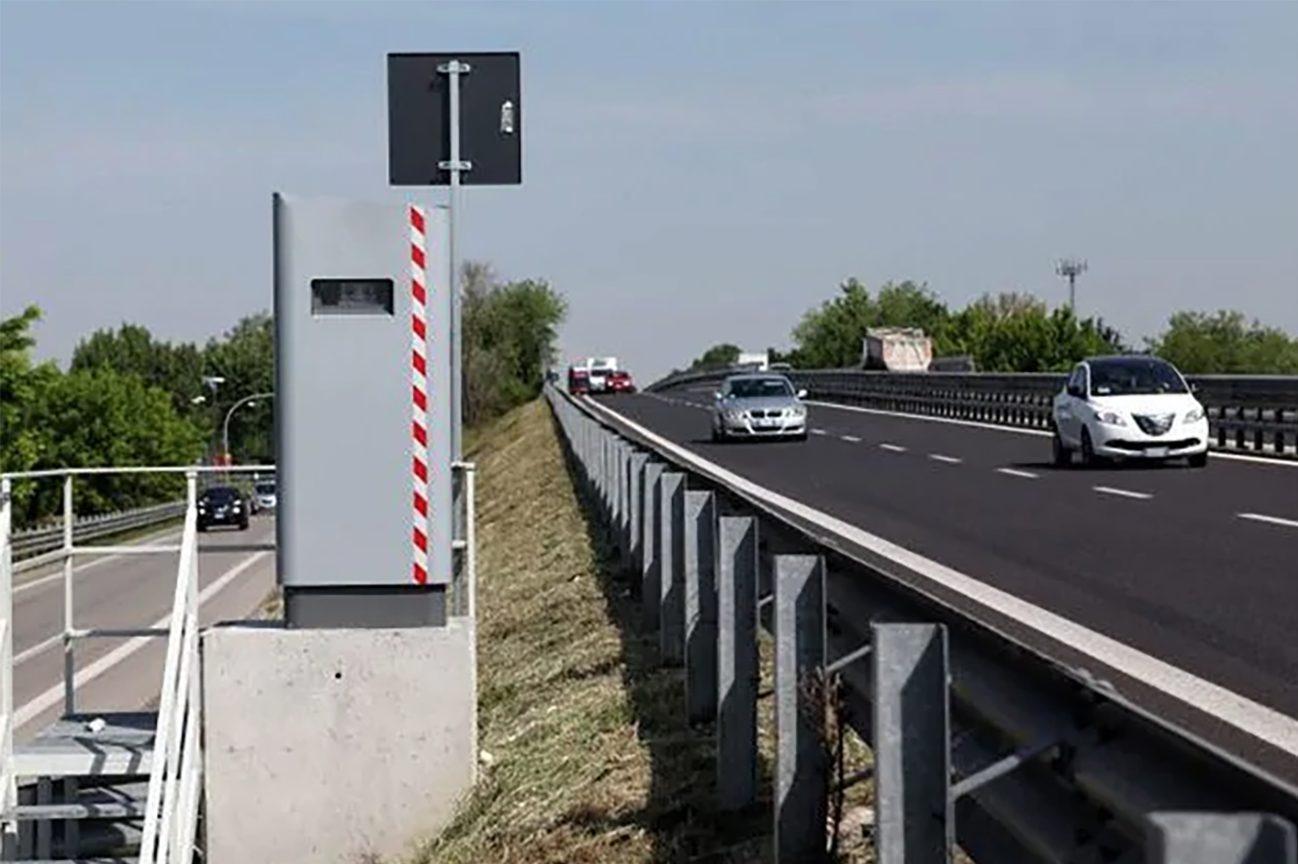 Tre nuovi autovelox in funzione sul raccordo Avellino-Salerno