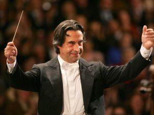 """Riccardo Muti al San Carlo: """"L'amore per Napoli ci vieta di"""