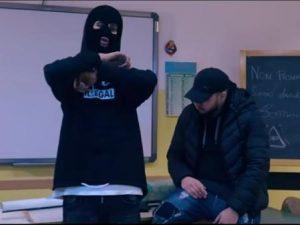 Scuola in fiamme e insulti alla prof nel video dei rapper ca