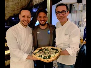 Dopo Napoli Barcellona, pizza per Mertens e gli amici da Gin