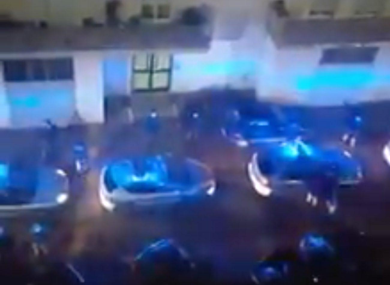 Poliziotto morto a Napoli, i colleghi a sirene spiegate sotto casa di ...