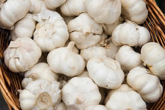 Gli effetti benefici dell'aglio sull'Alzheimer e il Parkinson