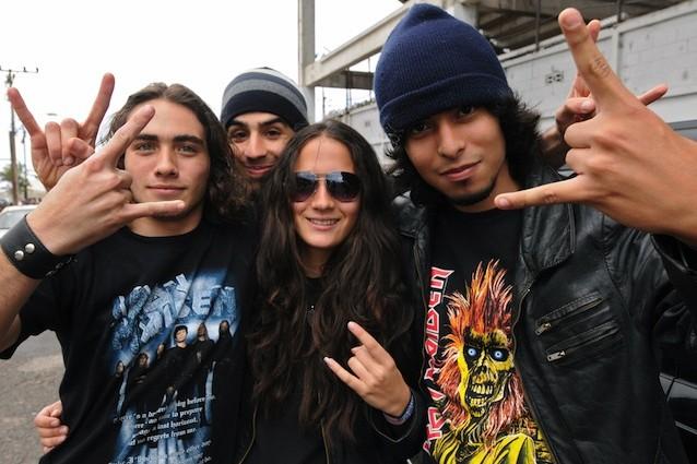 La musica metal rilassa chi la ascolta