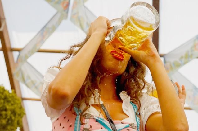 Donne e consumo di birra