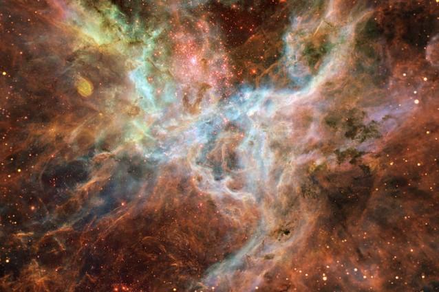 Le regioni centrali della Nebulosa della Tarantola, dove è stato individuato l'oggetto, riprese dal telescopio spaziale Spitzer