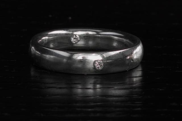 Il regalo più unico di sempre? Un anello contenente il nostro DNA