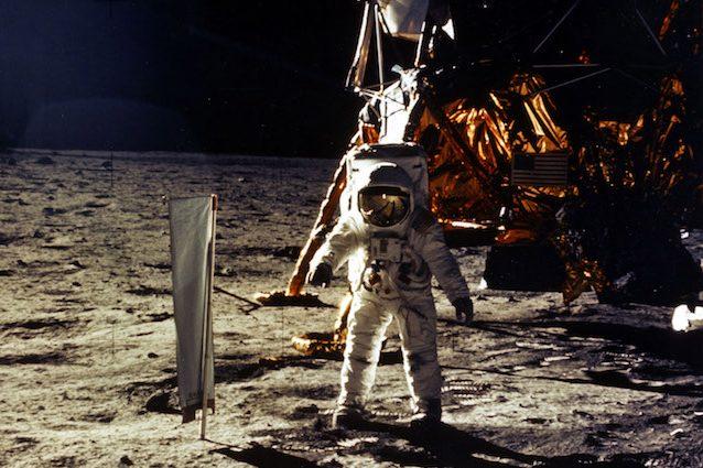 L'uomo è stato sulla Luna? Un'equazione svela i complotti