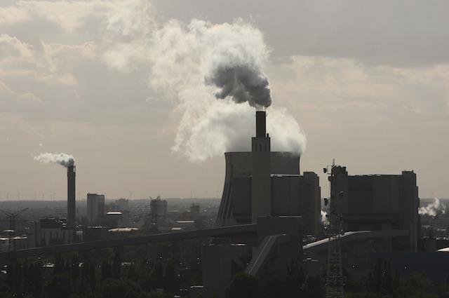Ecco come assorbire dall'aria la CO2 e riutilizzarla come carburante
