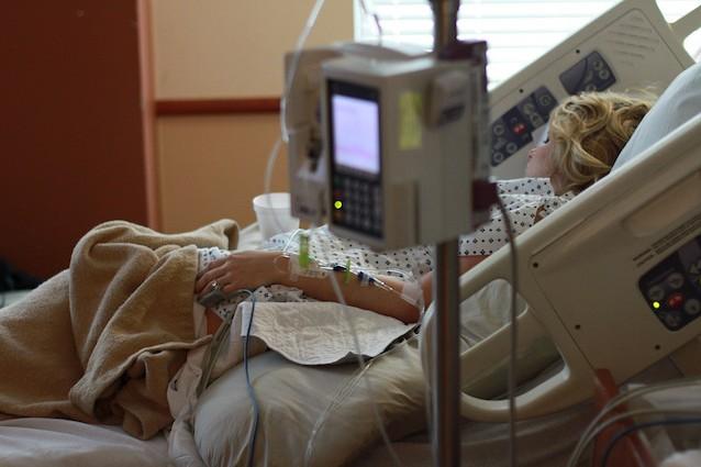 Il cancro è la prima causa di morte in Italia, fa più vittime degli infarti