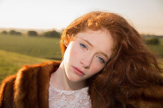 Ragazzi con i capelli biondi e occhi azzurri