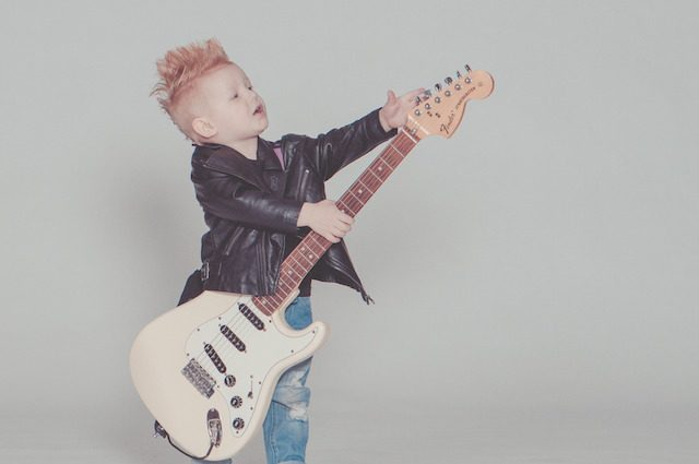 Creata la canzone che rende felici tutti i bambini: ascoltare per credere, anzi per sorridere