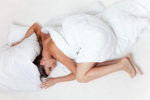 È una goduria, fa bene alla salute e non solo! Torniamo a dormire, è la giornata del sonno