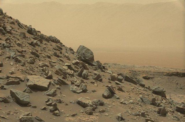 L'arida superficie di Marte
