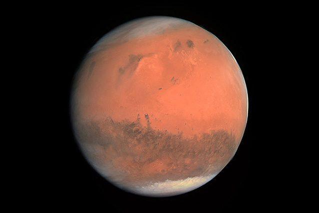 Uomo su Marte entro il 2030? La NASA non è più sicura della data: non bastano i fondi