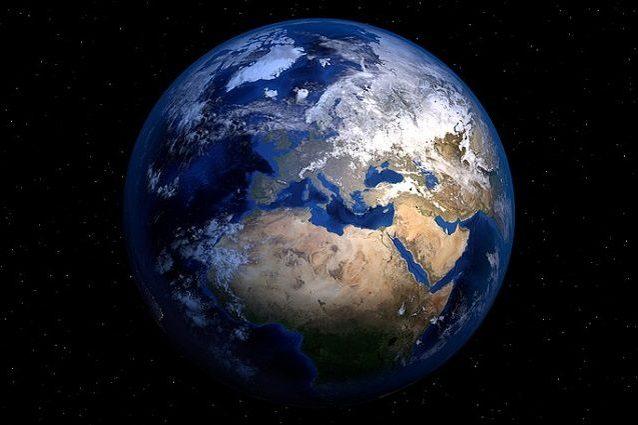 Il nostro pianeta: immagine di PIRO4D https://pixabay.com/it/terra-planet-mondo-globo-spazio-1617121/