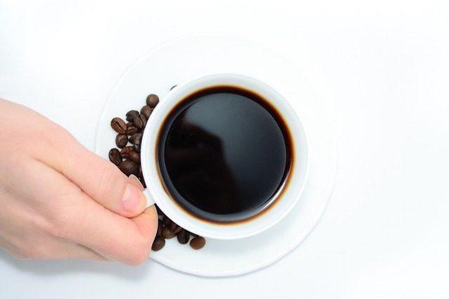 cacca verde dopo aver bevuto caffè