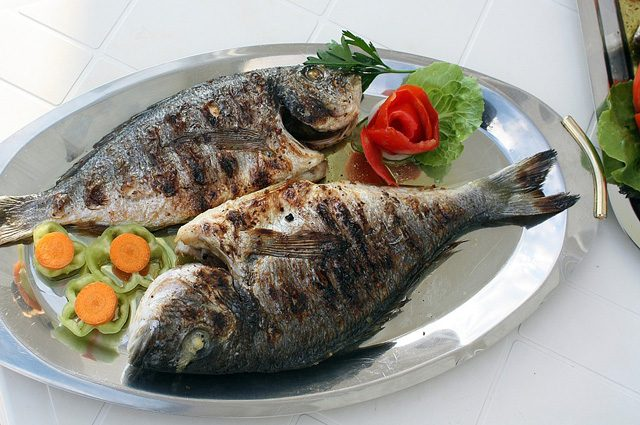 Artrite reumatoide, mangiare pesce due volte a settimana può ridurne i sintomi