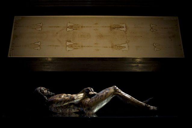 Pesanti torture prima di una morte cruenta: cosa è successo all'uomo nella Sacra Sindone