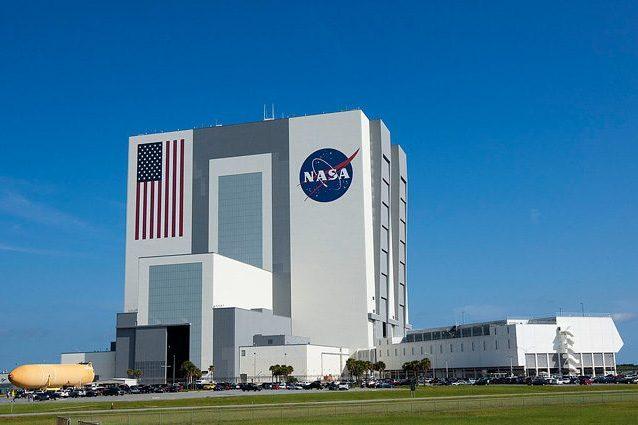 La NASA cerca