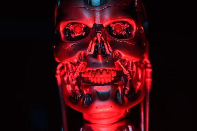 """Musk, Hawking e altri cento esortano l'ONU a fermare i """"robot killer"""": minacciano l'umanità"""
