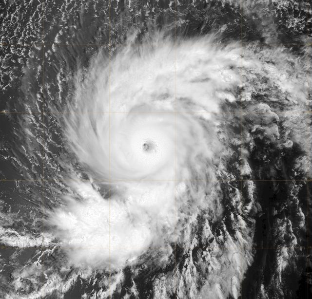 L'uragano Flossie: credit NRL/NASA