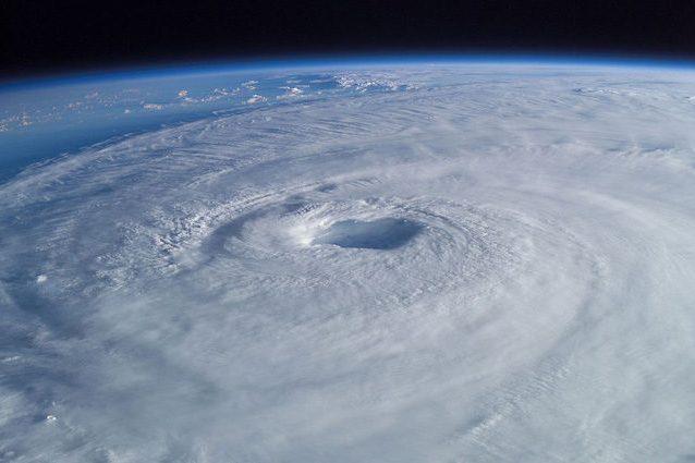 L'uragano Isabel visto dalla Stazione Spaziale Internazionale: credit Mike Trenchard, Earth Sciences & Image Analysis Laboratory , Johnson Space Center.