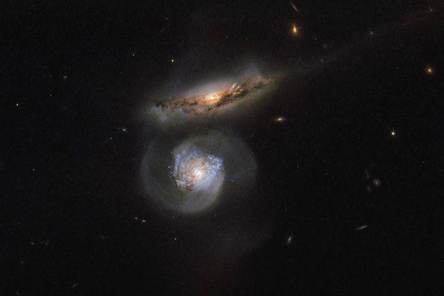 Hubble stupisce ancora: lo scatto del megamaser d'acqua a 400 milioni di anni luce da noi