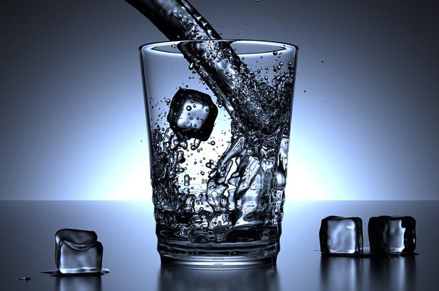 Effetto Mpemba: perché l'acqua calda congela prima dell'acqua fredda