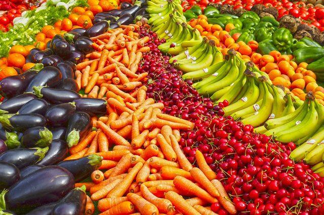 Eliminare i pesticidi dal corpo è possibile, bastano 15 giorni di dieta bio: l'esperimento