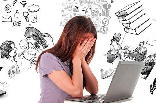 Fare più cose insieme rende 'stupidi': il cervello ci difende dal multitasking
