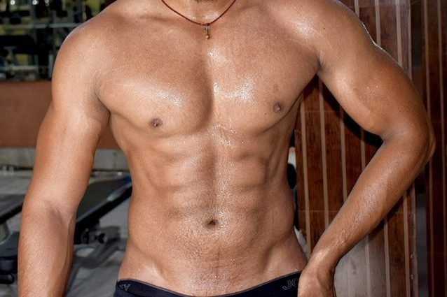 uomo x uomo maschi muscolosi gay