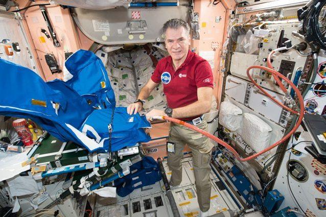 Paolo Nespoli torna sulla Terra. L'astronauta porta a termine la missione