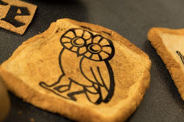 Etichette al grafene commestibili e 'stampate' sul cibo: così scovano i batteri