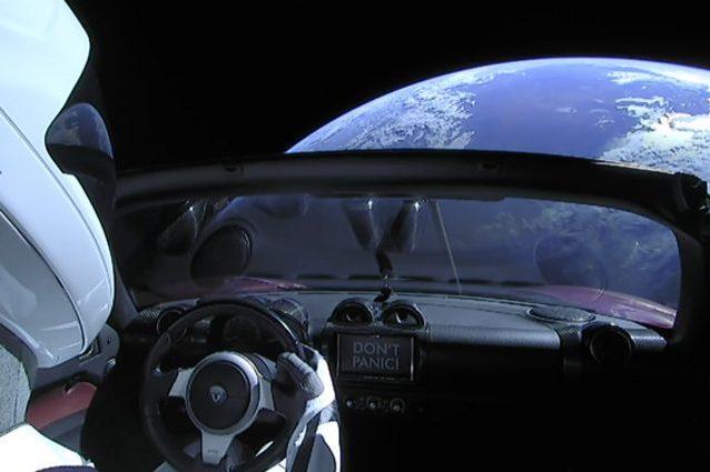 Tesla Roadster nello spazio
