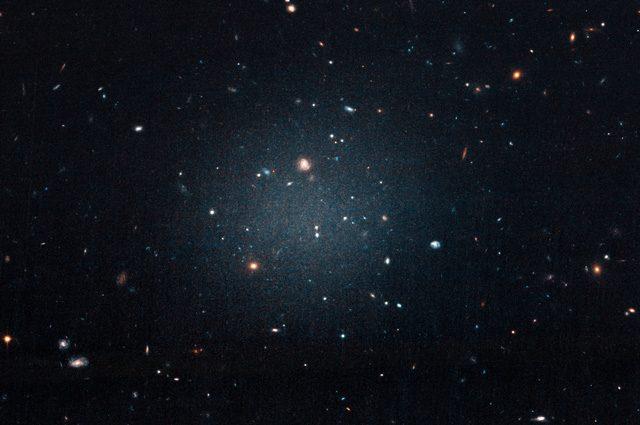 Galassia senza materia oscura, è la prima: cosa significa
