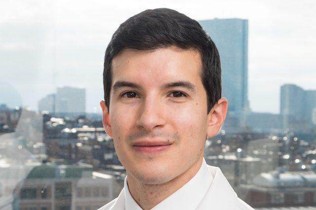 Joel Salinas, il medico che sente davvero il dolore dei pazienti, soffre di sinestesia