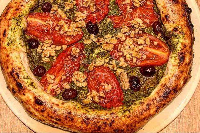 Ecco Pascalina, la pizza buona e salutare che previene il cancro