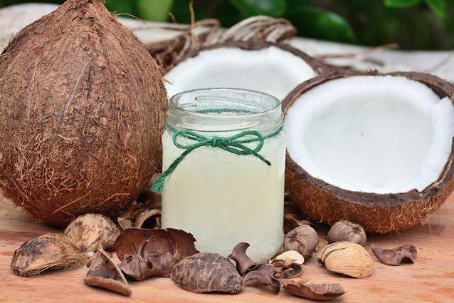 latte di cocco fa bene alla salute