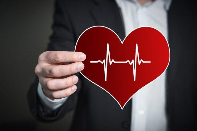 Test online calcola la vera età del nostro cuore e segnala i rischi di infarto e ictus