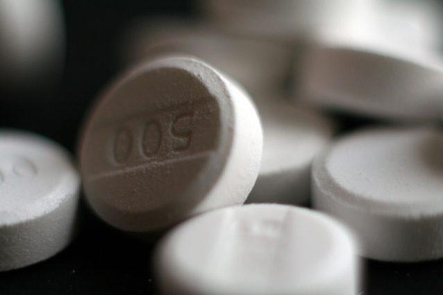 Ezetimibe, rischi ed effetti collaterali del farmaco per abbassare il colesterolo
